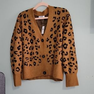 NWT Old navy leopard print sweater size medium